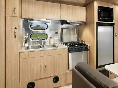 2019 Airstream Flying Cloud 20FB | Airstream of Utah | Salt